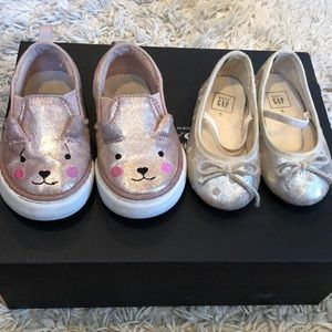 2 pairs GAP shoes